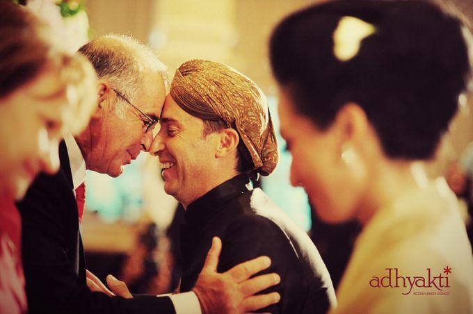 Adrian & Wina Wedding Day by Adhyakti Wedding Planner & Organizer - 014