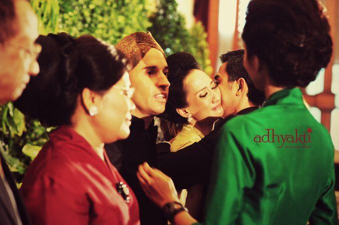 Adrian & Wina Wedding Day by Adhyakti Wedding Planner & Organizer - 015