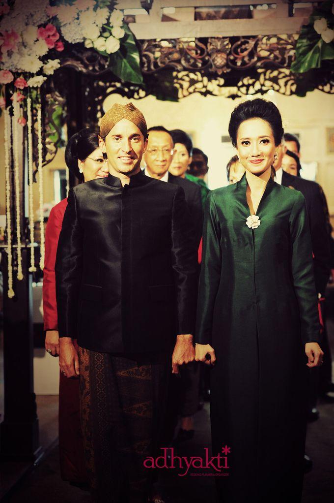 Adrian & Wina Wedding Day by Adhyakti Wedding Planner & Organizer - 016