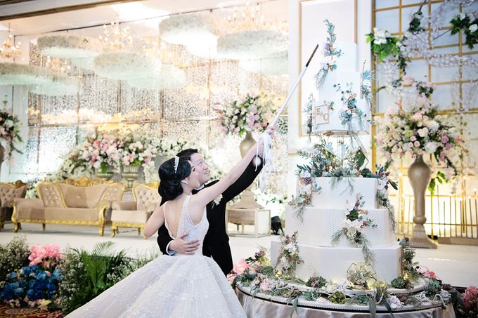 Eric & Cindy Wedding by The Ritz-Carlton Jakarta, Mega Kuningan - 011