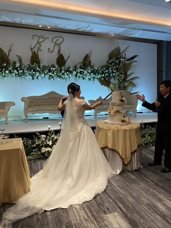 SKY BALL ROOM WEDDING KURNIAWAN & RIRIN by Mercure Jakarta Sabang - 007