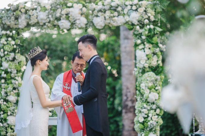 The Wedding Signature of  Irisa & Janu by ThePhotoCap.Inc - 031
