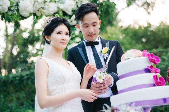 The Wedding Signature of  Irisa & Janu by ThePhotoCap.Inc - 035