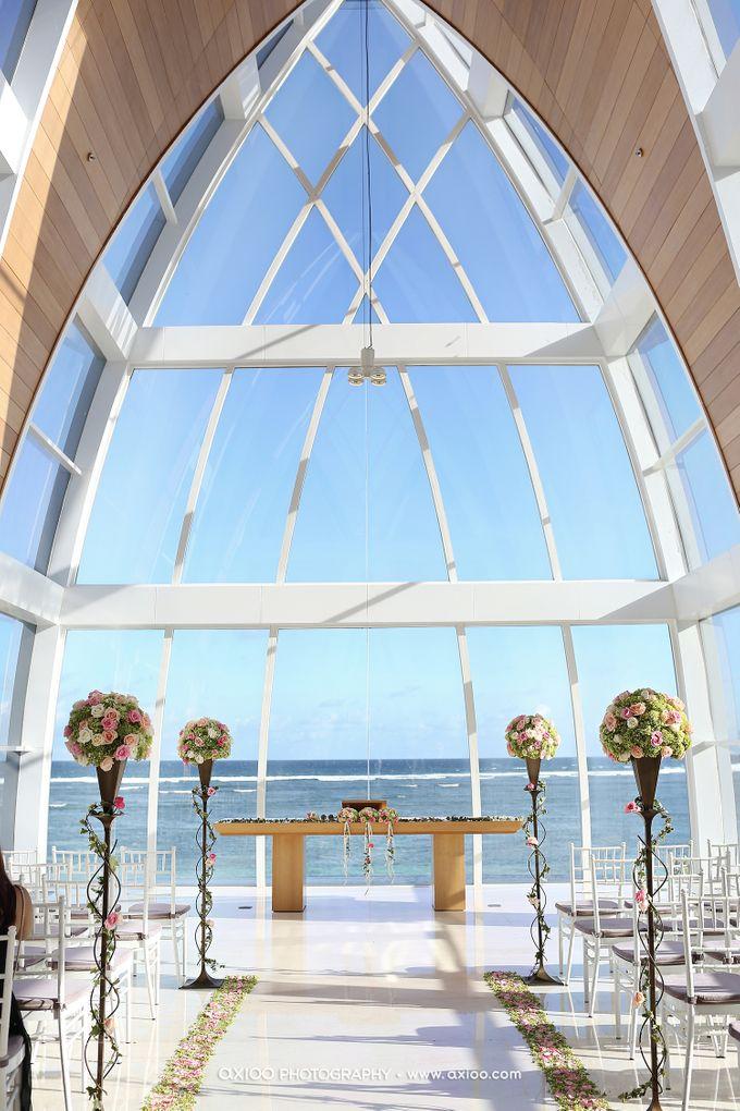 Ritz Carlton Bali Wedding | Addo & Jodie by Eurasia Wedding - 013