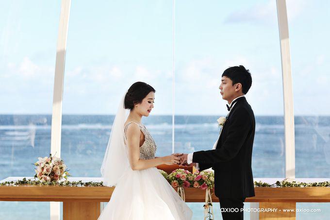 Ritz Carlton Bali Wedding | Addo & Jodie by Eurasia Wedding - 017
