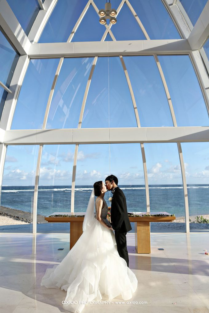 Ritz Carlton Bali Wedding | Addo & Jodie by Eurasia Wedding - 018