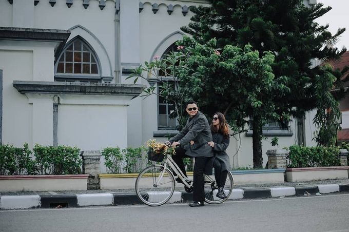 The romantic side Ayu & Agung by asmaraloka.picture - 008