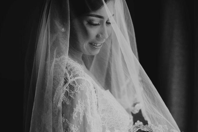 The Wedding Of Raymond & Lina by NERAVOTO - 004