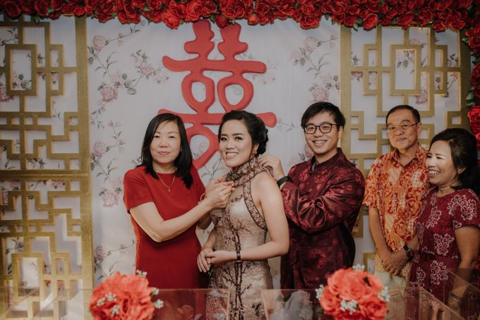 The Engagement of Rudy & Meilani by Macherie dressmaker - 021