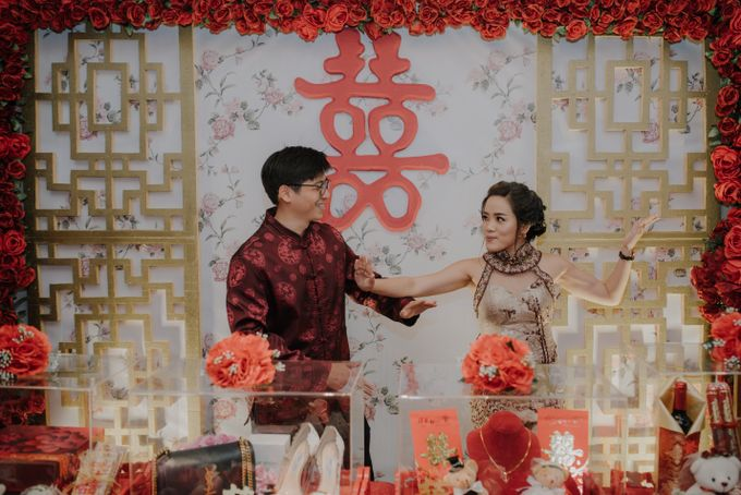 The Engagement of Rudy & Meilani by Macherie dressmaker - 023