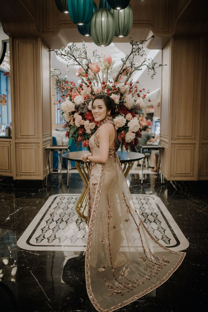 The Engagement of Rudy & Meilani by Macherie dressmaker - 026