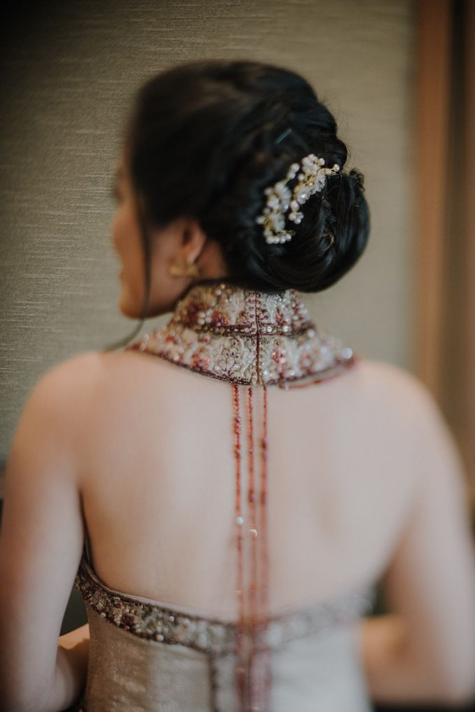 The Engagement of Rudy & Meilani by Macherie dressmaker - 002
