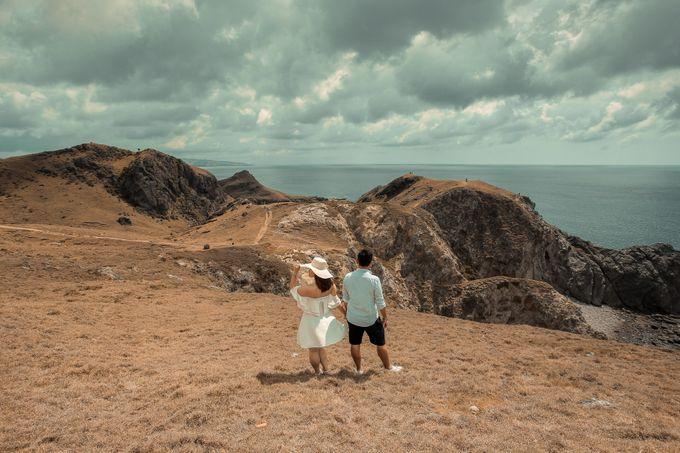 Ryan & Mikee - Batanes by Bogs Ignacio Signature Gallery - 015