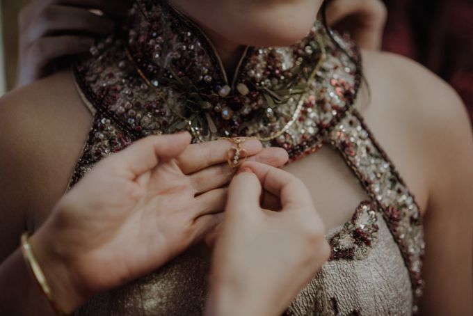 The Engagement of Rudy & Meilani by Macherie dressmaker - 005