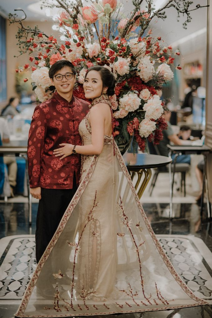The Engagement of Rudy & Meilani by Macherie dressmaker - 007