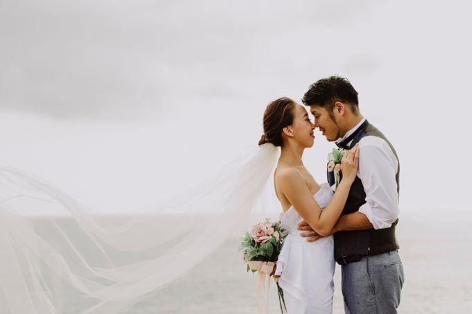 Hiro & Ai Pre-Wedding Session In Tegal Wangi Beach by Satrya Photography - 011