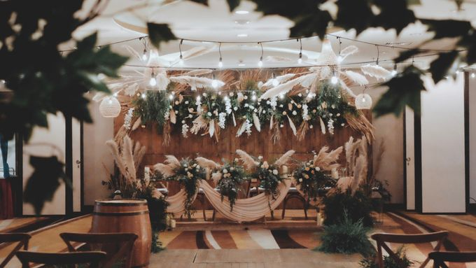 The Wedding of Ovindra & Ardhi by Daydreaming Works - 005
