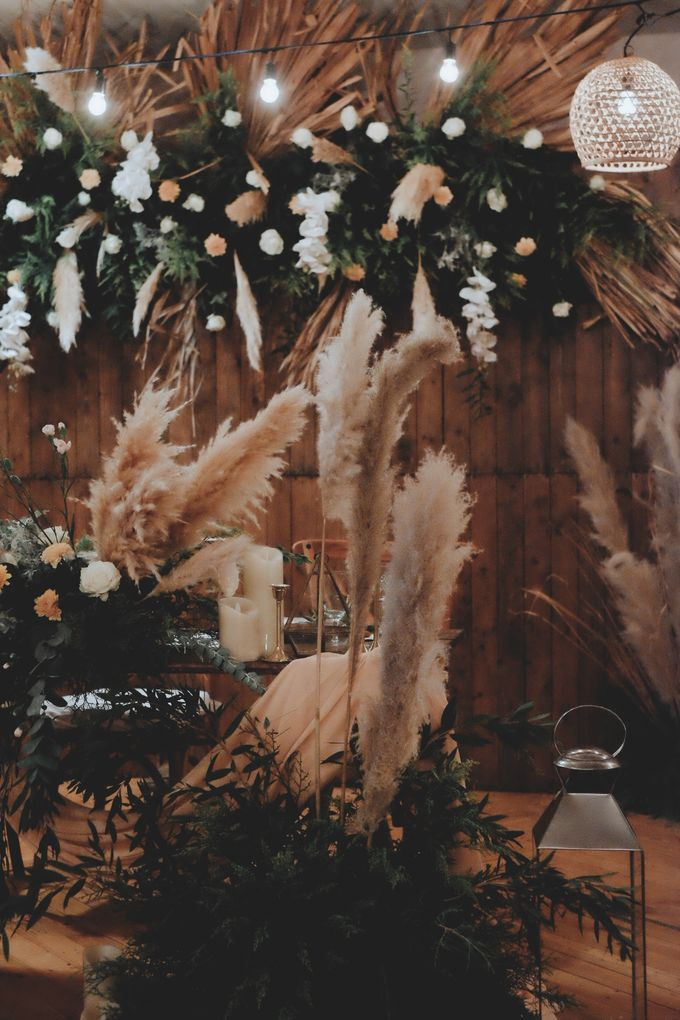 The Wedding of Ovindra & Ardhi by Daydreaming Works - 003
