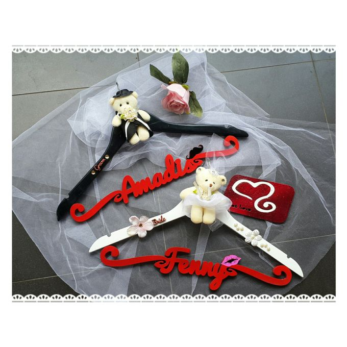 Wedding Hanger Name by Sweetlovecollection - 024