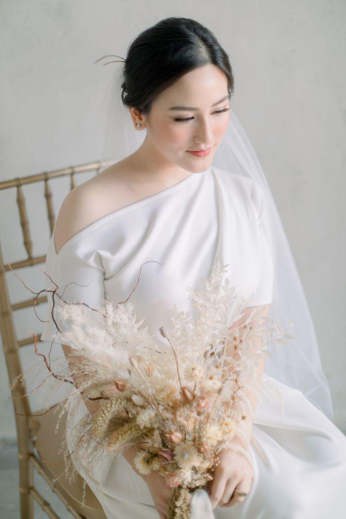 Intimate Wedding - Lukas & Olivia by Iris Photography - 002