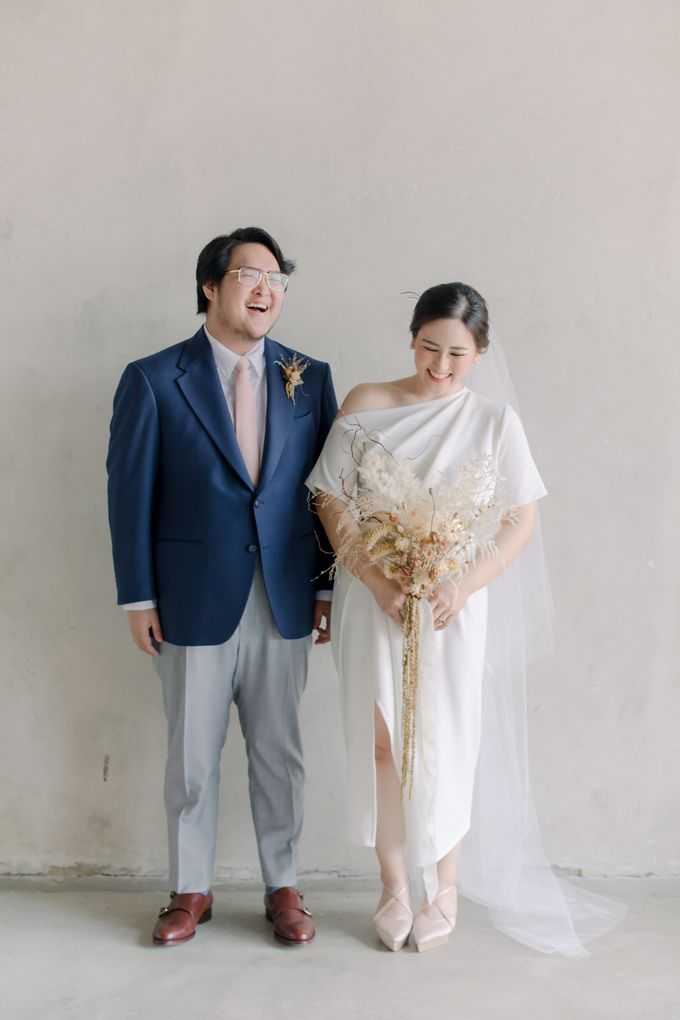 Intimate Wedding - Lukas & Olivia by Iris Photography - 006