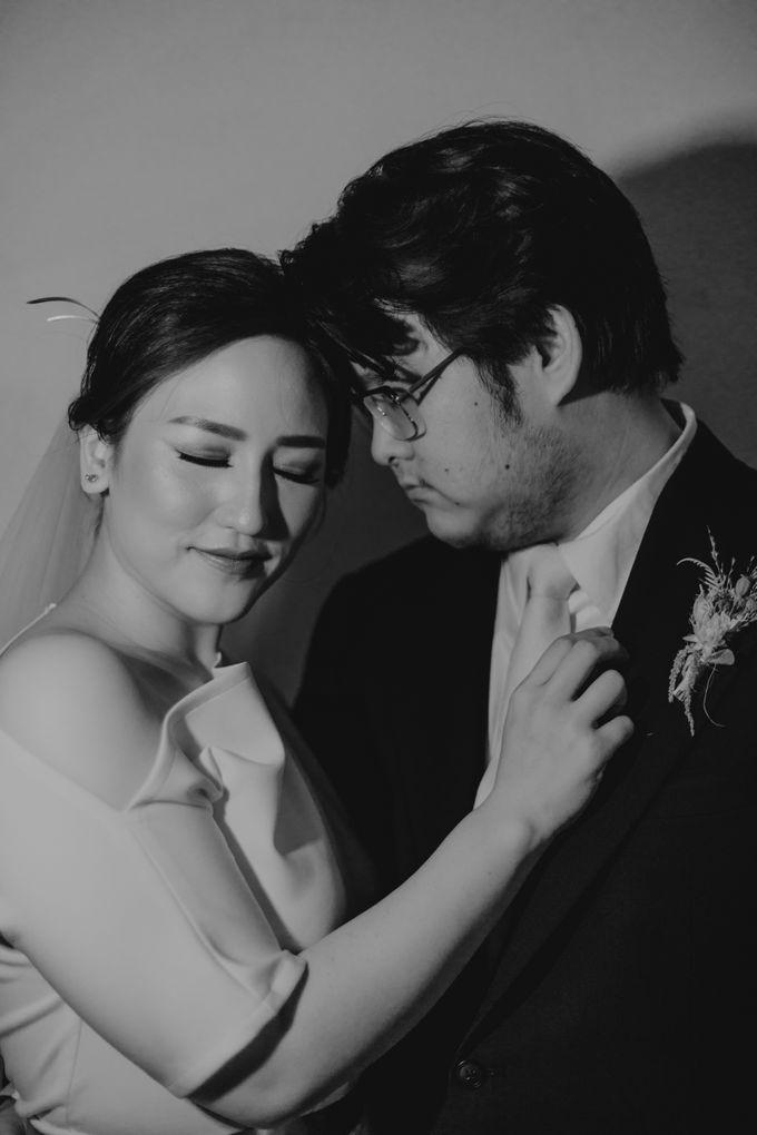 Intimate Wedding - Lukas & Olivia by Iris Photography - 008