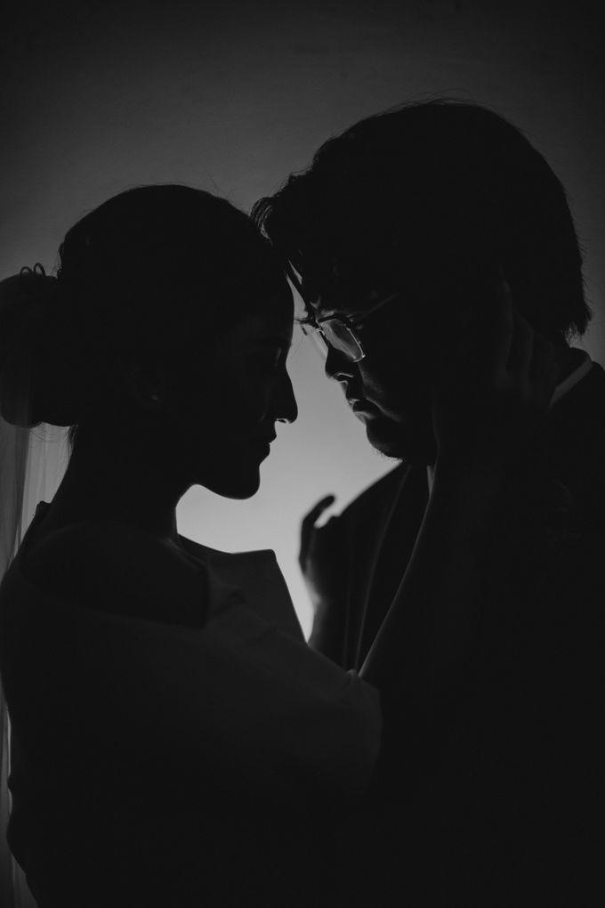 Intimate Wedding - Lukas & Olivia by Iris Photography - 009