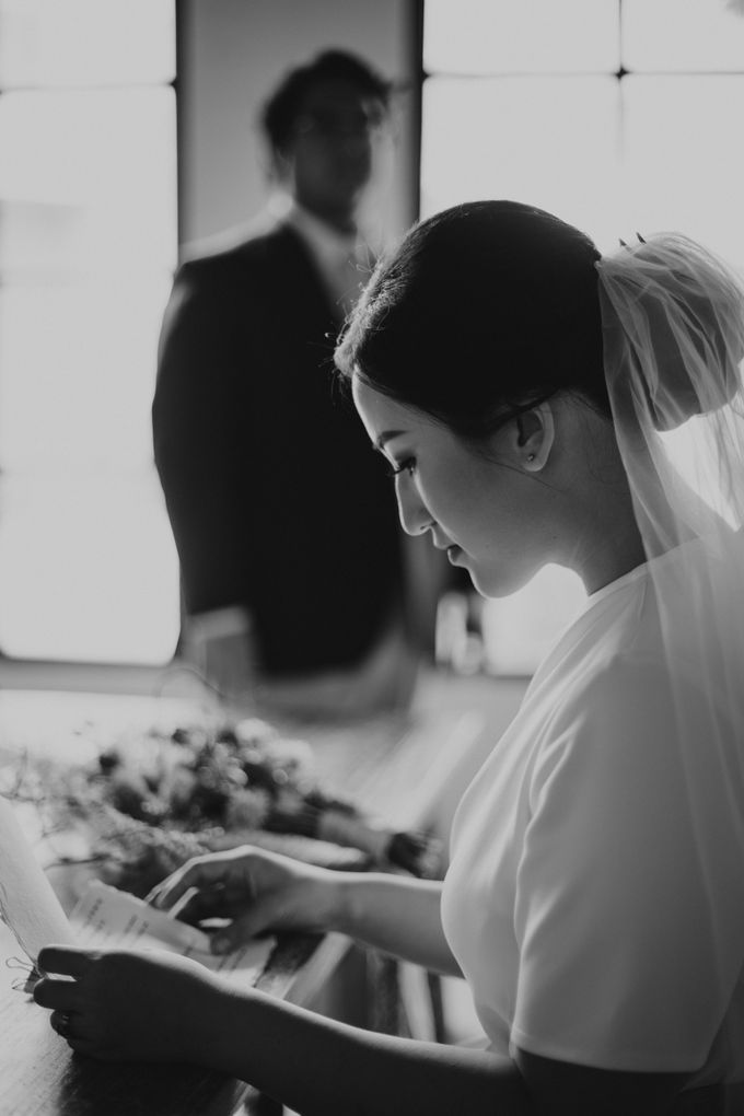 Intimate Wedding - Lukas & Olivia by Iris Photography - 013