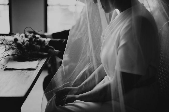 Intimate Wedding - Lukas & Olivia by Iris Photography - 017