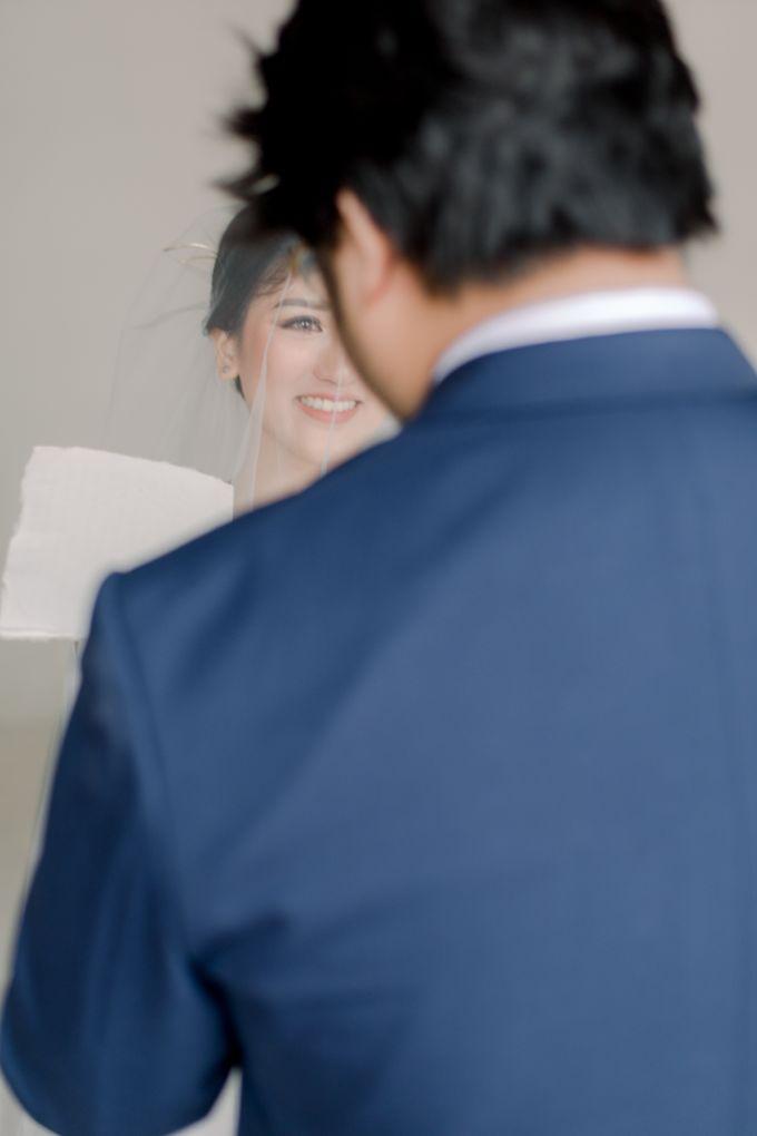 Intimate Wedding - Lukas & Olivia by Iris Photography - 024