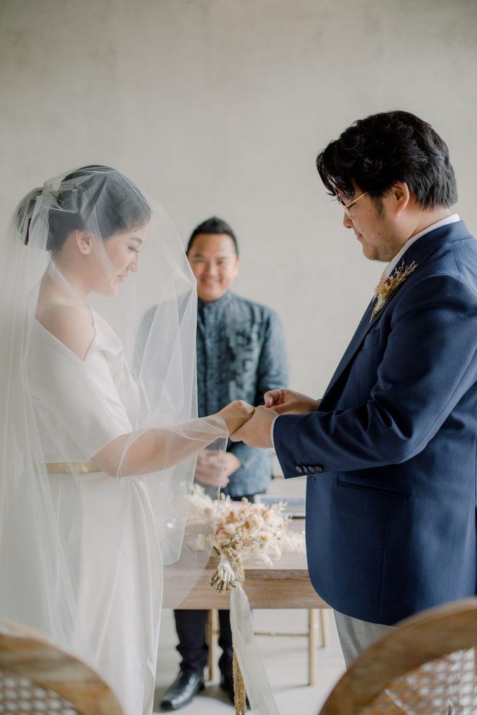 Intimate Wedding - Lukas & Olivia by Iris Photography - 025