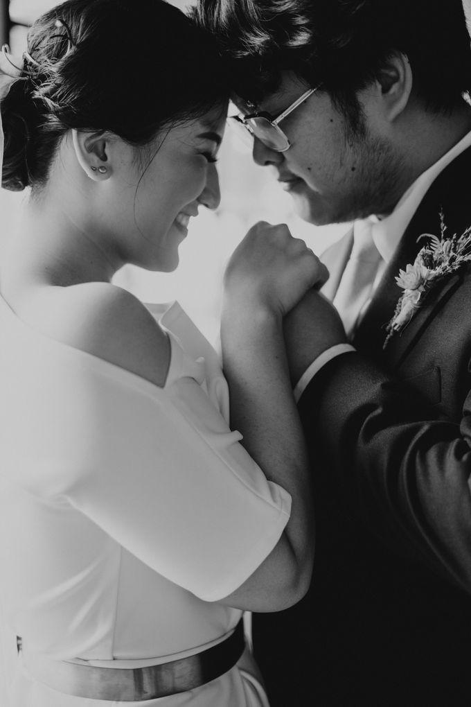 Intimate Wedding - Lukas & Olivia by Iris Photography - 033