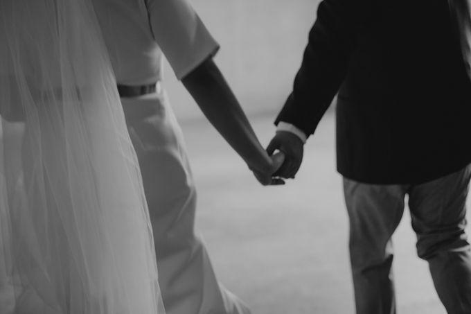 Intimate Wedding - Lukas & Olivia by Iris Photography - 037