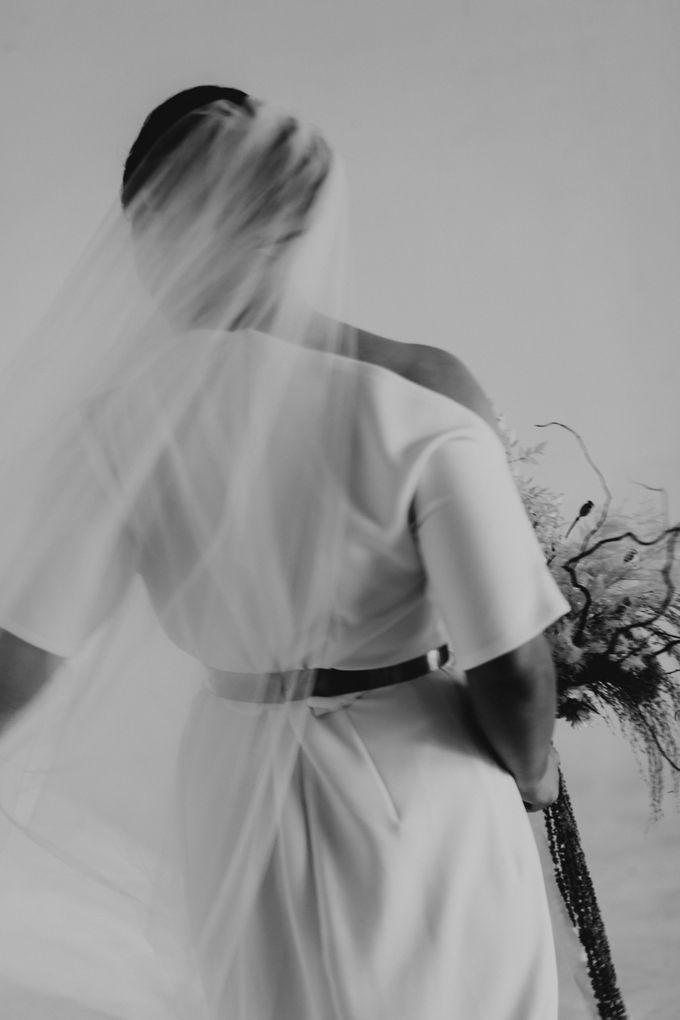 Intimate Wedding - Lukas & Olivia by Iris Photography - 048