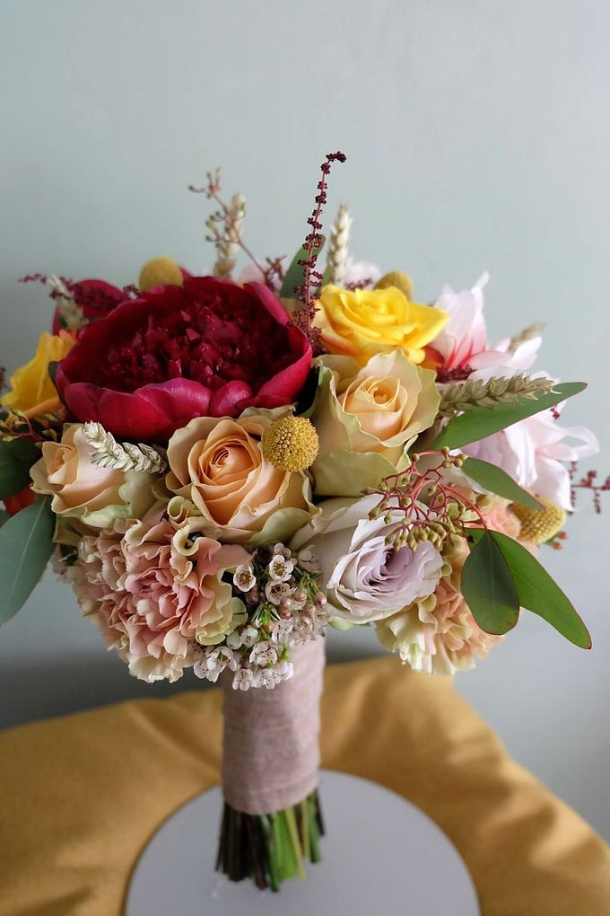 Round Bouquet Collection by Il Fiore - 024