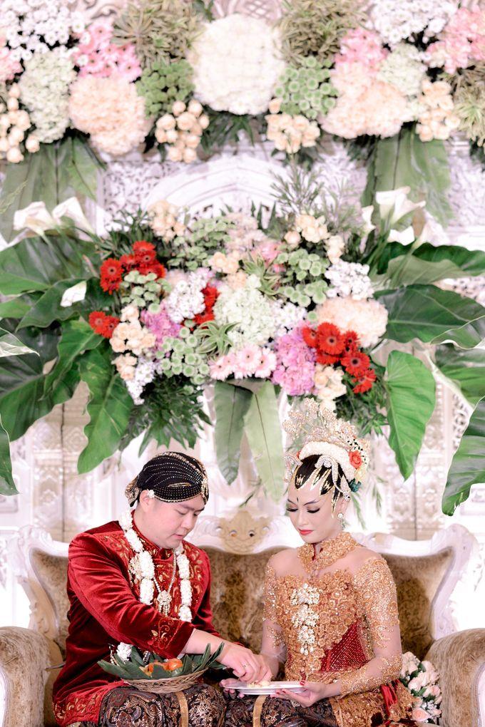 The Wedding of Krisna & Helga by Patron Wedding Organizer Yogyakarta - 009