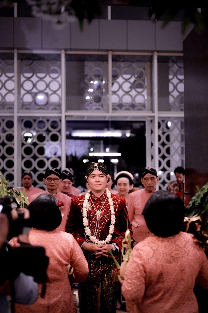 The Wedding of Krisna & Helga by Patron Wedding Organizer Yogyakarta - 008