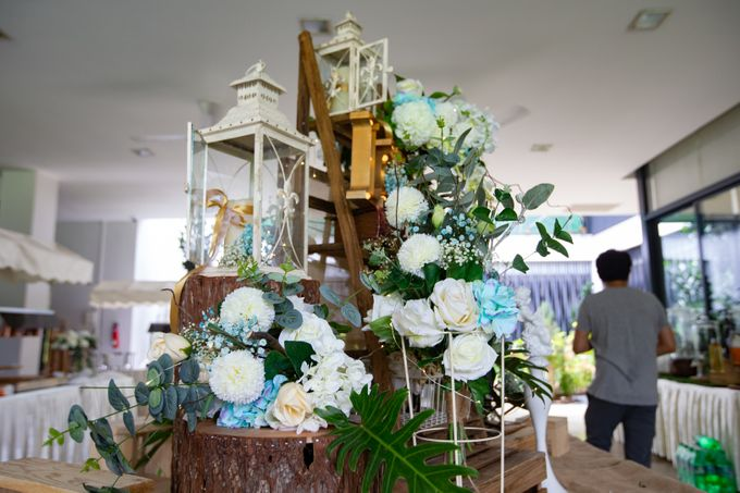 A Rustic Botanical Wedding at Hort Park by Manna Pot Catering - 010