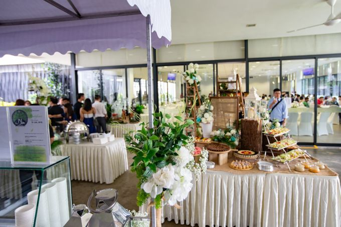 A Rustic Botanical Wedding at Hort Park by Manna Pot Catering - 034