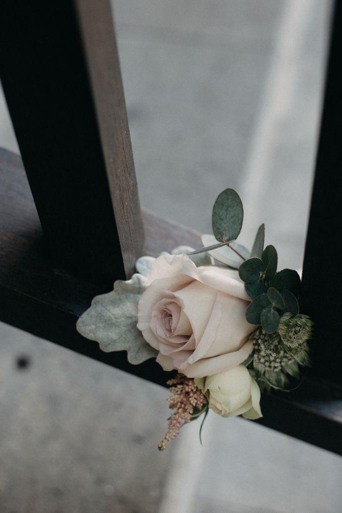 The Wedding of Gina & Region by Red Gardenia - 002