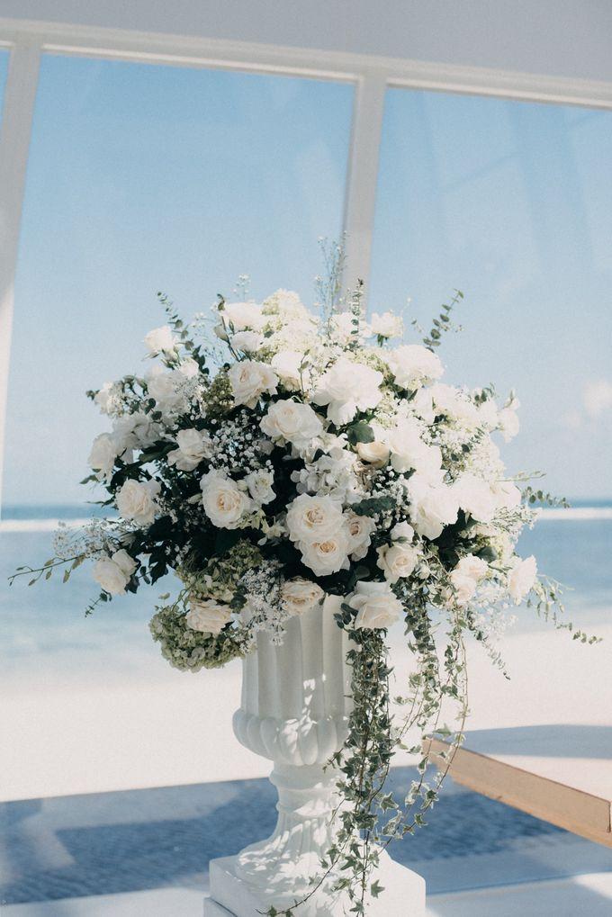 The Wedding of Gina & Region by Red Gardenia - 003