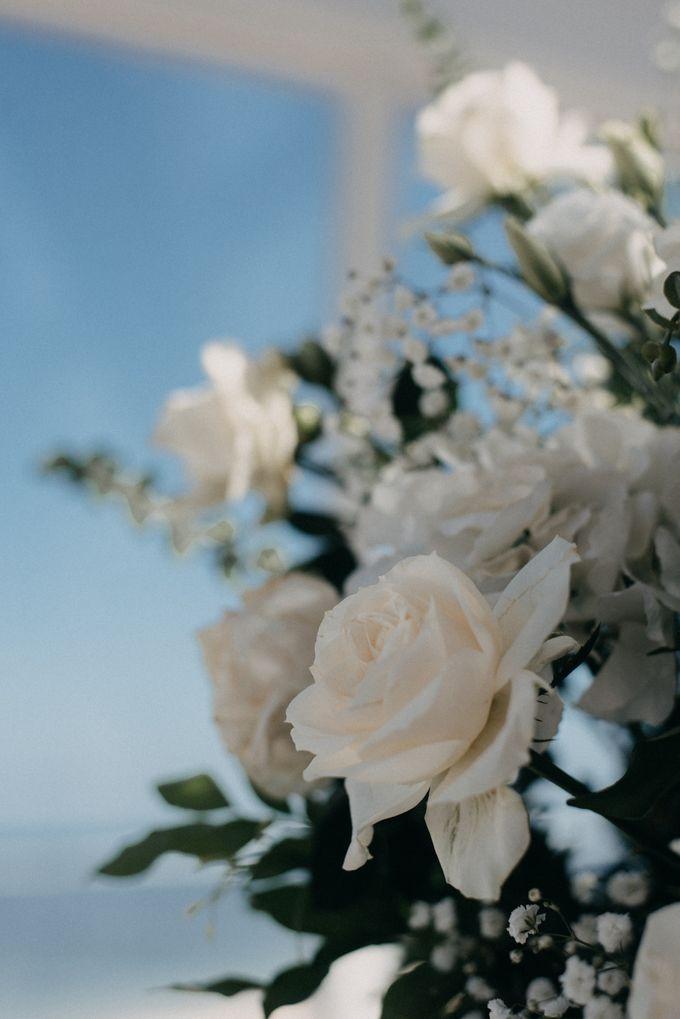 The Wedding of Gina & Region by Red Gardenia - 004