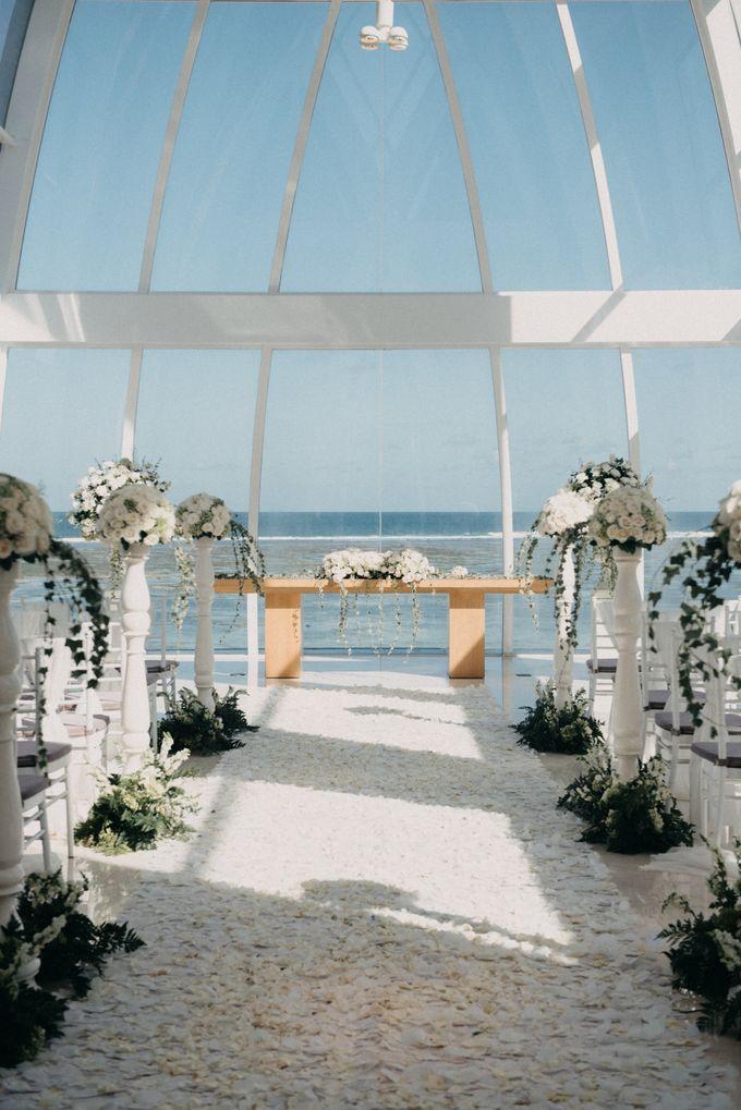 The Wedding of Gina & Region by Red Gardenia - 008