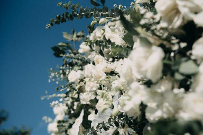 The Wedding of Gina & Region by Red Gardenia - 010
