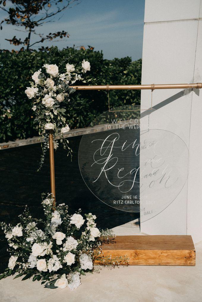 The Wedding of Gina & Region by Red Gardenia - 017