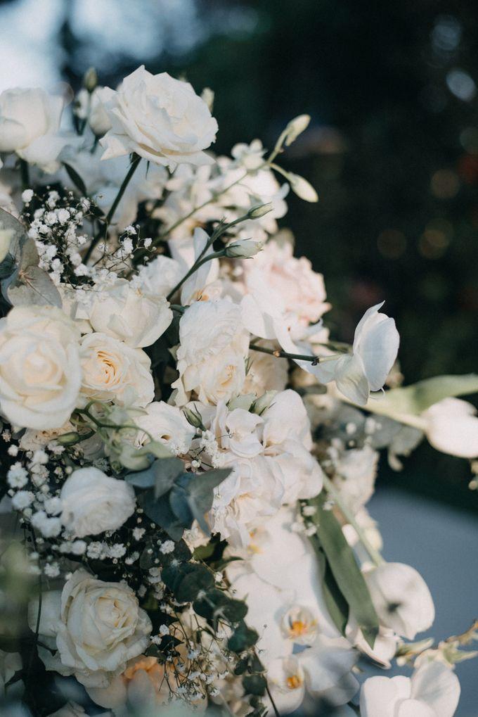 The Wedding of Gina & Region by Red Gardenia - 026