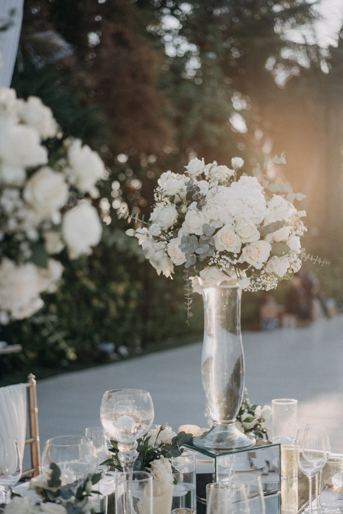 The Wedding of Gina & Region by Red Gardenia - 037