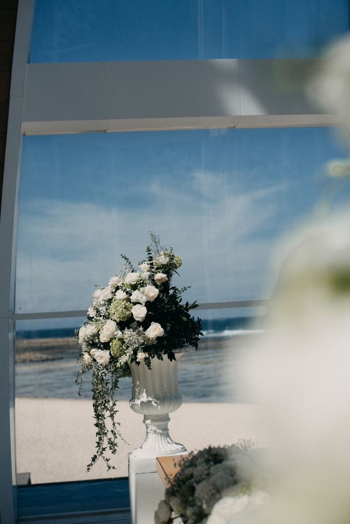 The Wedding of Gina & Region by Red Gardenia - 006