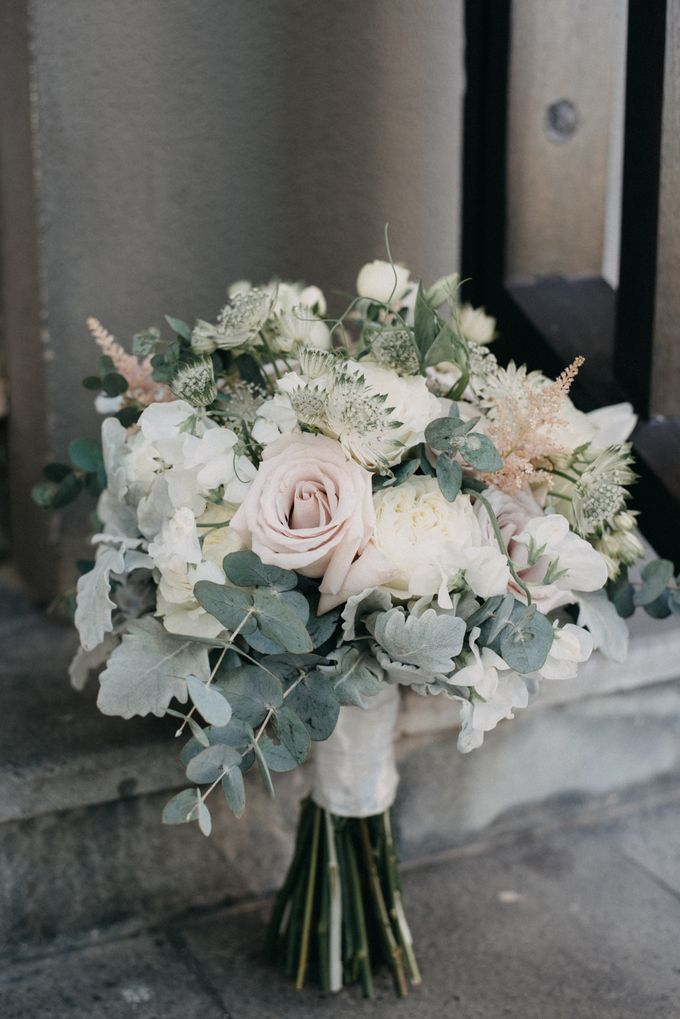 The Wedding of Gina & Region by Red Gardenia - 001