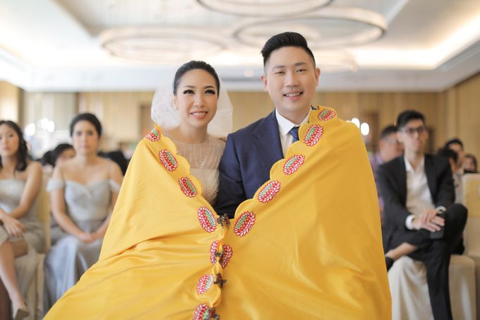 Holy Matrimony & Tea Ceremony Rendy & Tiffany by Priscilla Myrna - 007